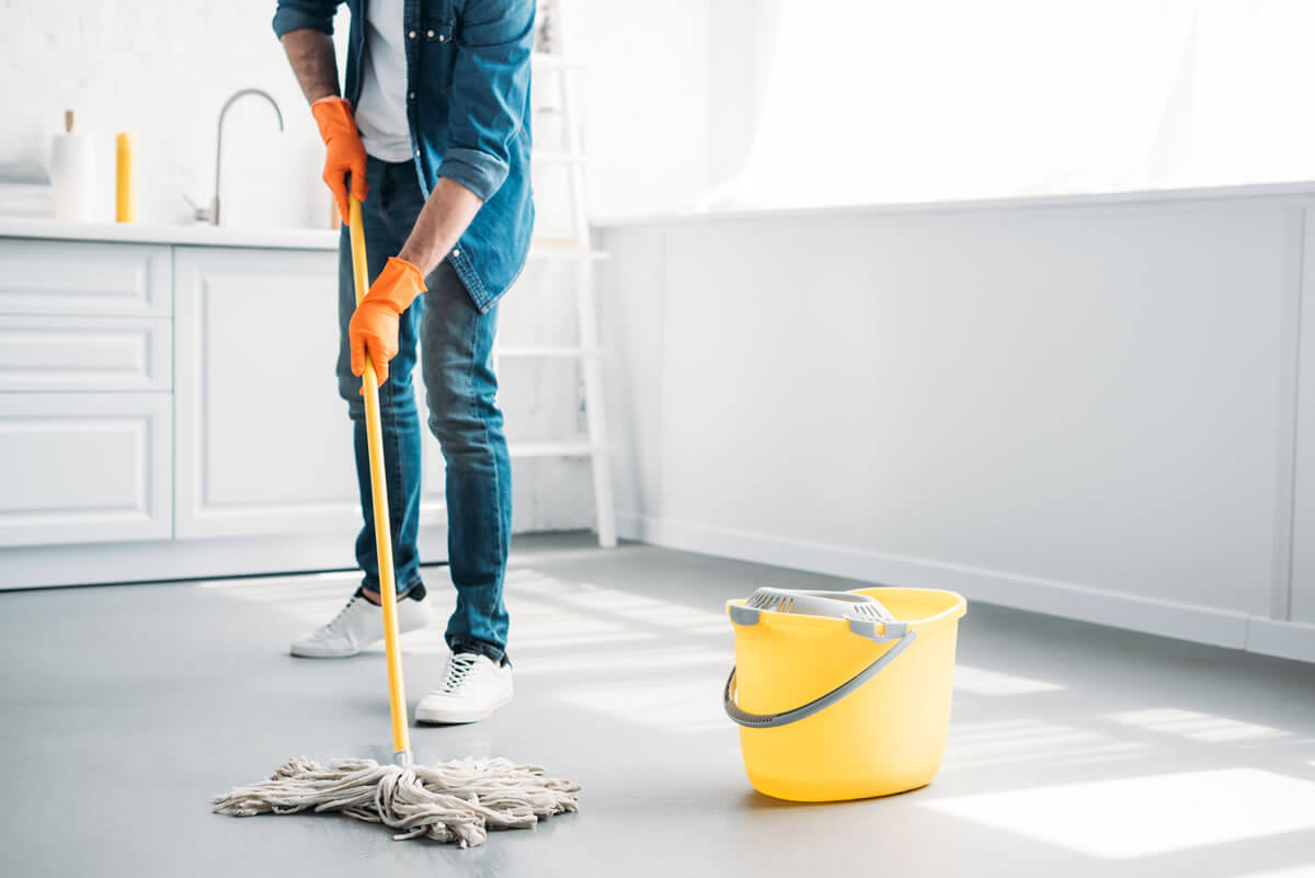 How to properly maintain and clean floors?
